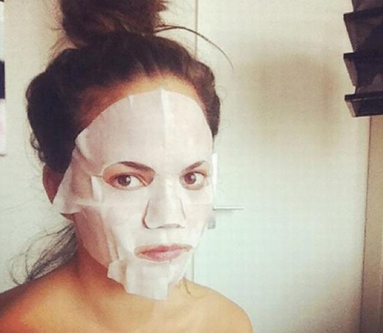 看到《任意依恋》中秀智的皮肤我简直想换脸