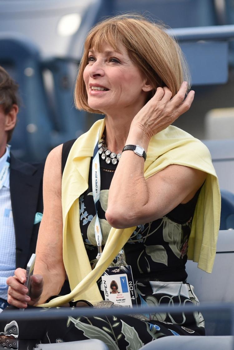 """""""时尚女魔头""""AnnaWintour告诉你,时髦的人看球赛得这么穿!"""