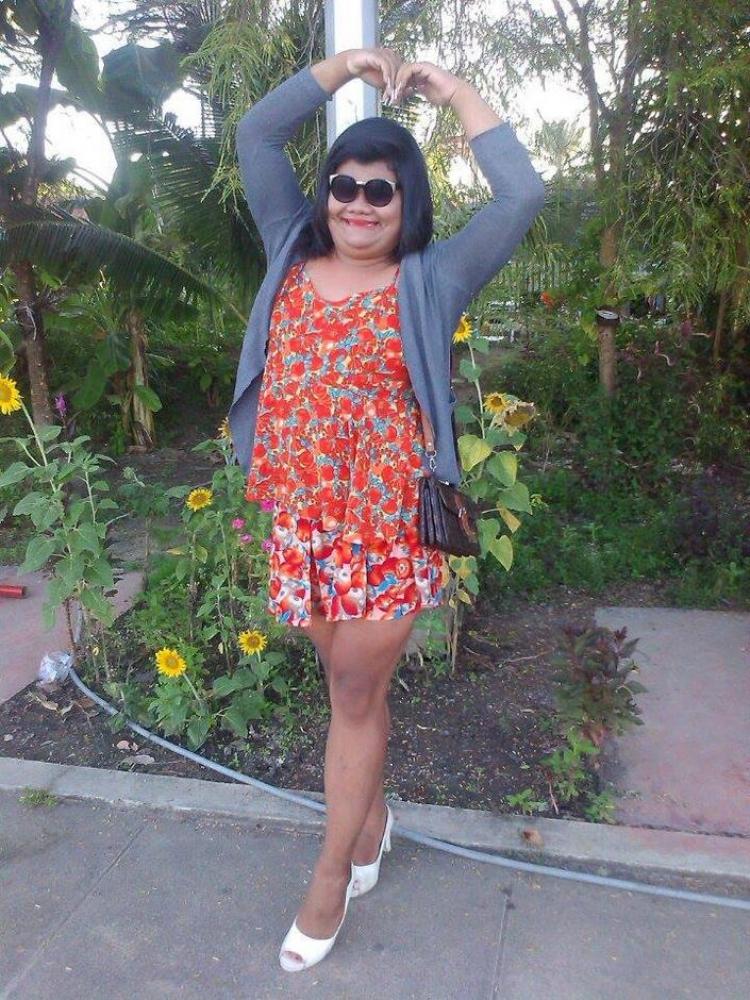 宝拉女神要来中国为了火她的穿衣尺度也是大的可以!