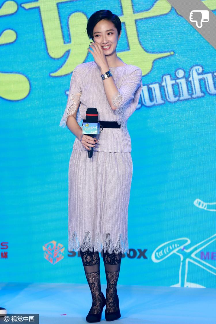 【本周女星穿衣榜】曼玉、袁泉、张梓琳,久未露面的她们全出来了!