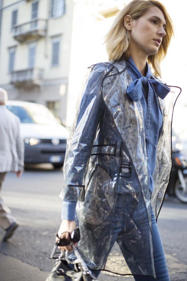 穷的理直气壮|看披着塑料布出街的你一脸傲娇,我笑了