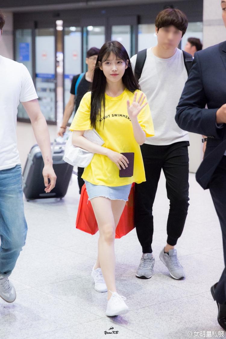【明星同款】夏天怎么能少了IU身上的这件黄色T!
