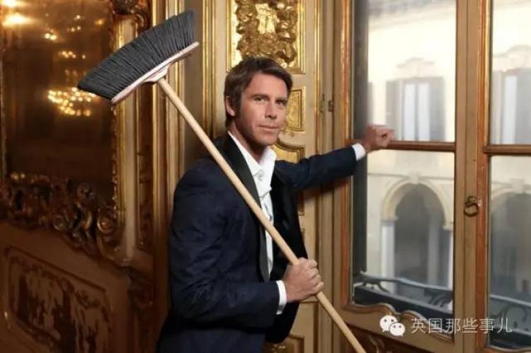 意大利末代王子,混演艺,当网红,卖衣服,开面店...也是潇洒