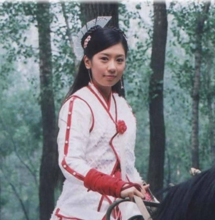 筷子、流苏、水壶把,10年前的古装头饰真雷人啊