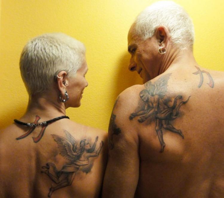 担心纹身老了会崩?这些老人告诉你依然酷到飞起!