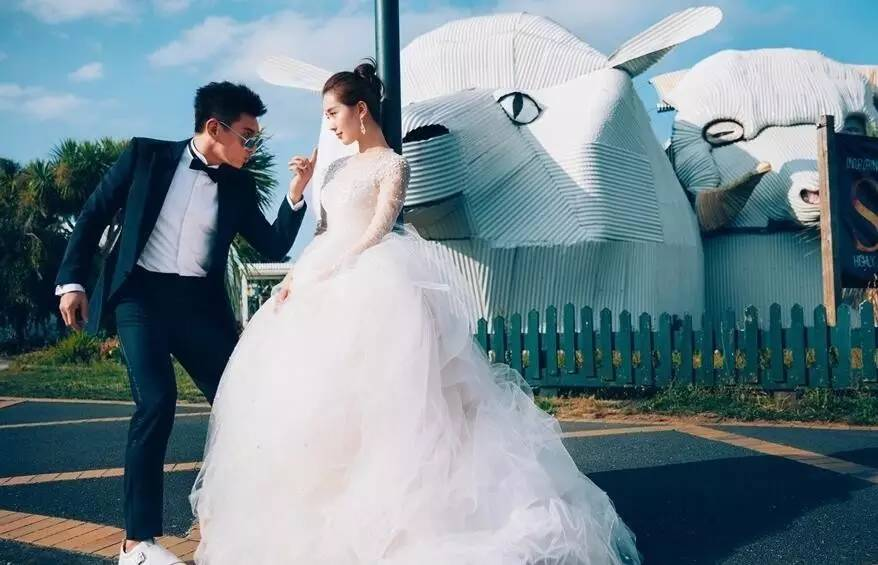 深扒明星婚礼伴手礼,各种隐藏细节实力惊艳你!