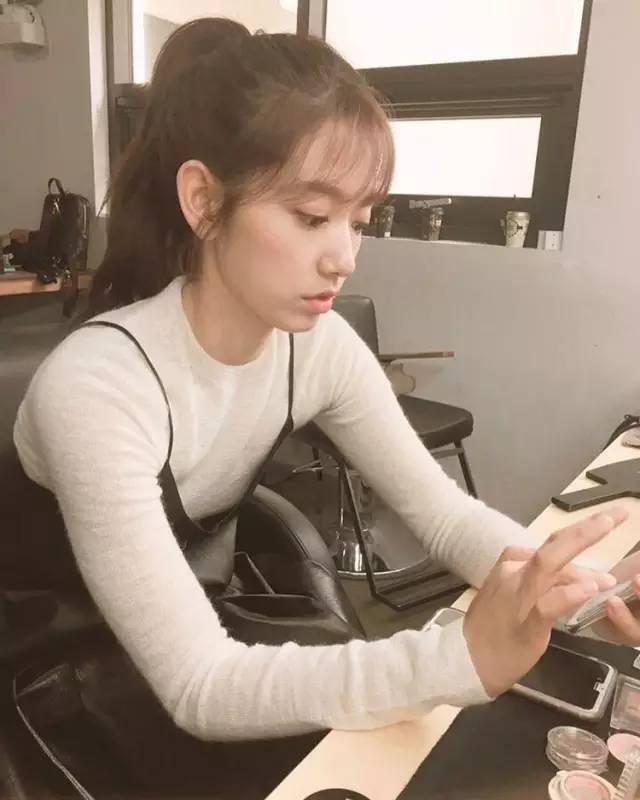 发型|对付刘海五招对策,轻松整理易上手!