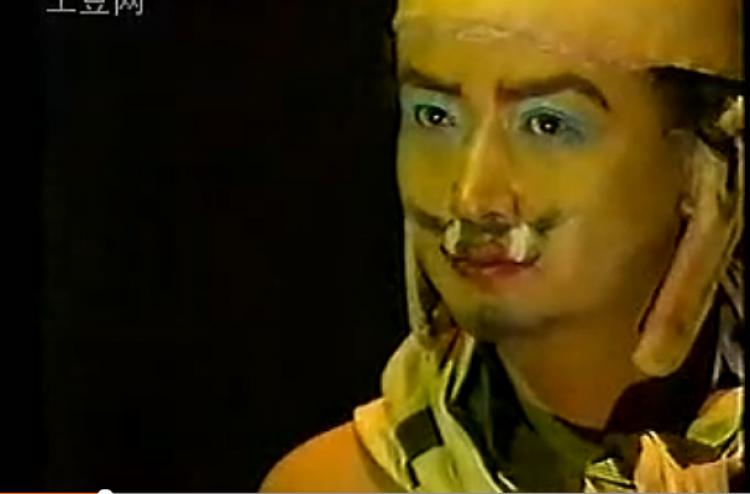 吃人、露点、挖眼,1989年的《封神榜》秒杀所有电视剧
