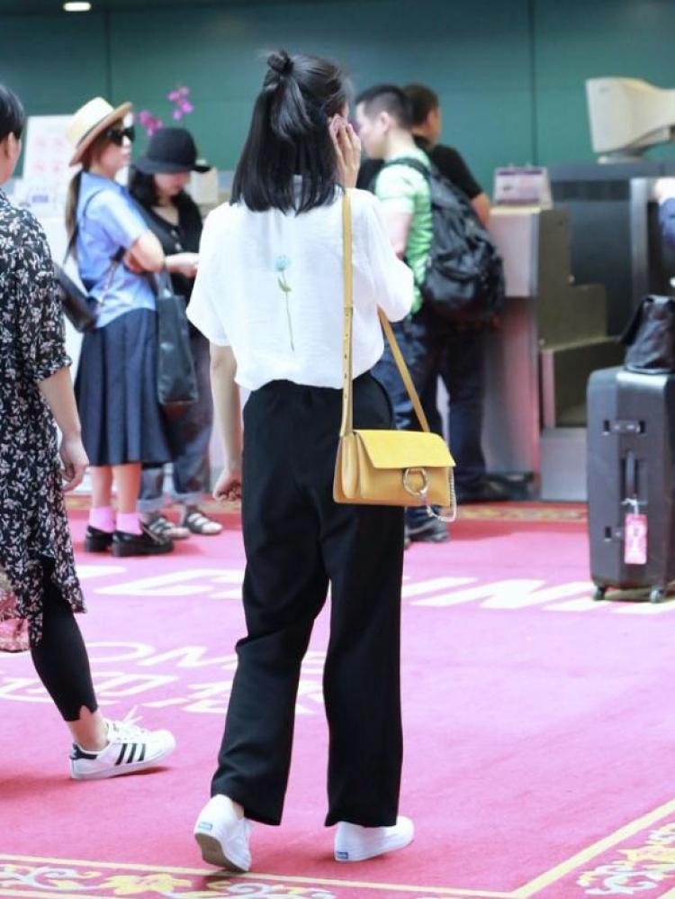 高圆圆自创品牌太嗨?恨不得复制黏贴她的私服才带劲吧!