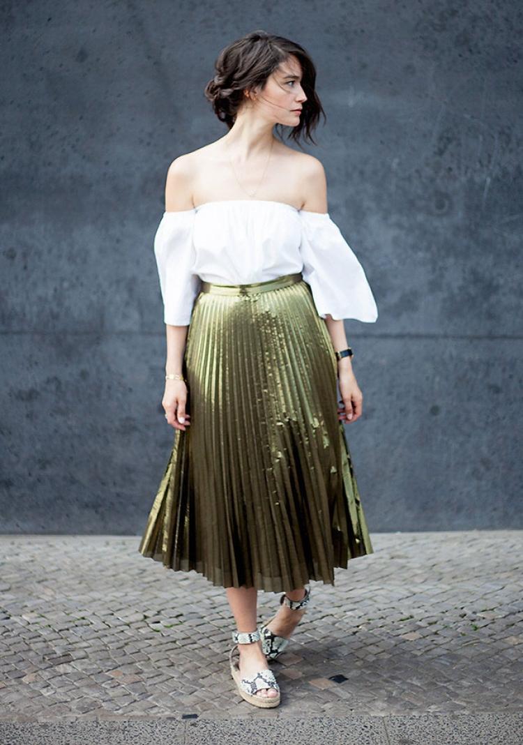 【一衣多穿】亮闪闪的金属色最适合夏天穿!