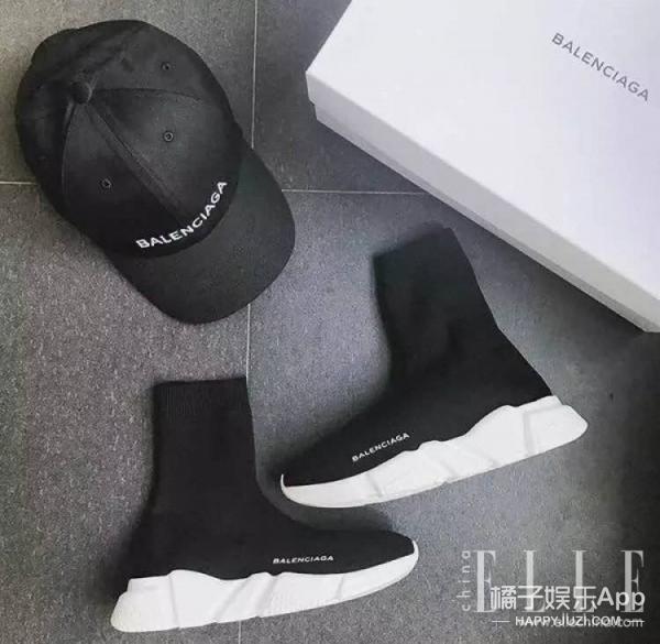"""【穿衣MorningCall】原来2017年最in的球鞋是""""袜子鞋""""! -58bf5e981cecf"""