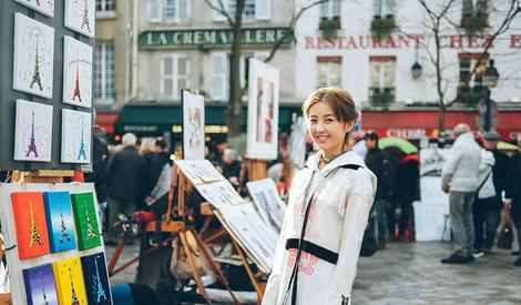 张子枫巴黎街拍 满满少女感
