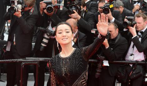 华语双A影后红毯秀 范冰冰巩俐张曼玉美到国际