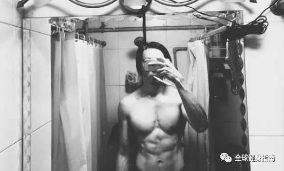 男人有肌肉VS没肌肉,区别到底有多大?! -422b487d-53a1-423e-87ea-0967b73b9211.jpeg!ac1