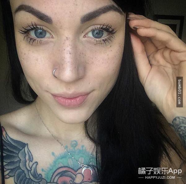 最近开始流行在脸上纹雀斑纹黑痣?来看看直男们是怎么想的吧! -595610355d718