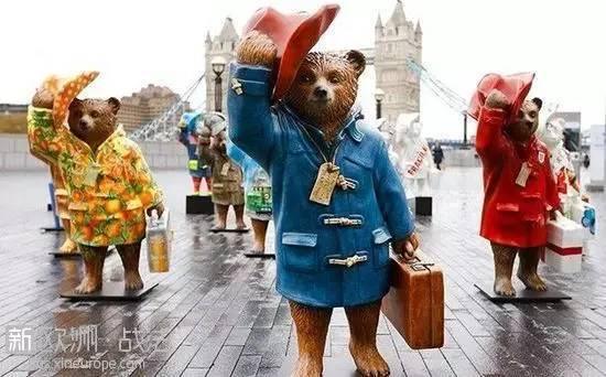 帕丁顿熊作者去世,这只秘鲁小熊温暖了一代代英国人的心...RIP -ddb6add1-df52-4282-8131-cd8cec885f47.jpeg!ac1