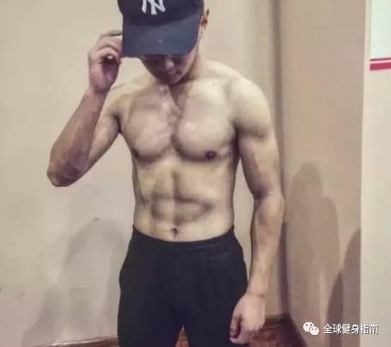 男人有肌肉VS没肌肉,区别到底有多大?! -e4ce5a84-8fec-4ce3-bc44-1caff1b76d56.jpeg!ac1