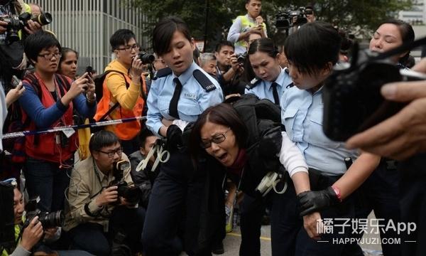 香港回归20周年:看看几代人的HONGKONG印象! -5956ac285285f