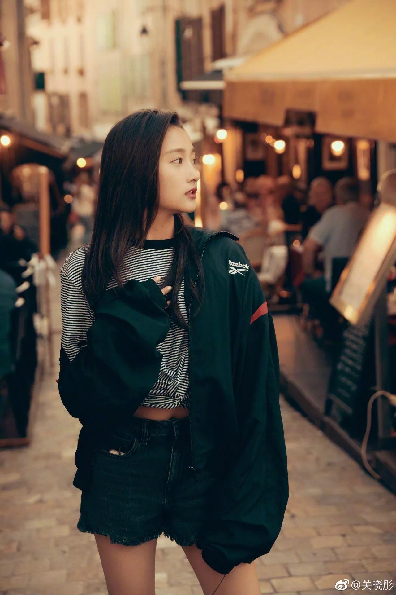 壁池|大家好,给大家介绍一下,这是你老公的女朋友@关晓彤
