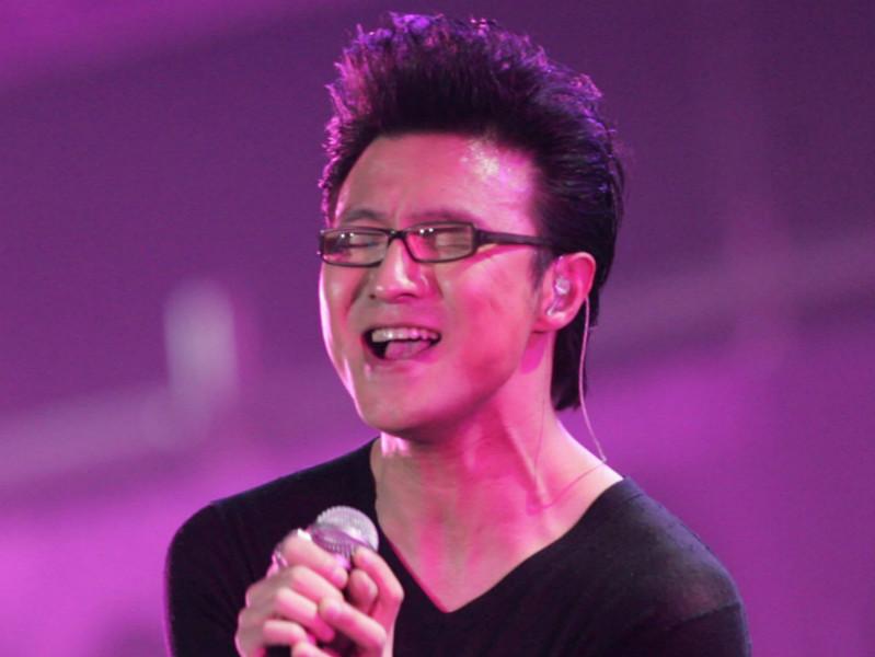 汪峰其实是汪星人_娱乐 娱乐  其实,橘子君完全相信汪峰是优秀的音乐人,但是不得不说
