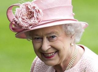 聚光灯| 女王陛下,我们知道你每年圣诞干了些什么