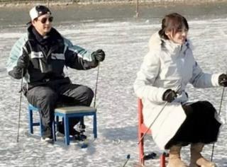 才刚卖完糖葫芦,郑爽又变身成了冰上小公举?