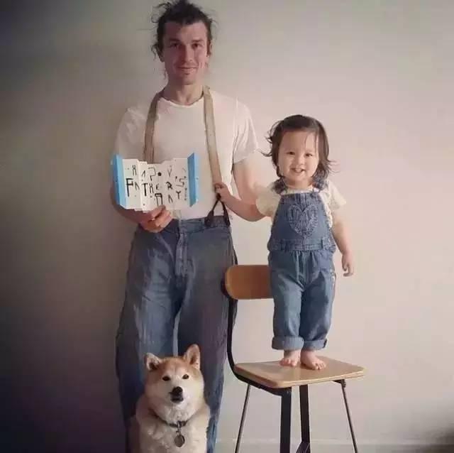 3岁混血小萝莉不卖萌,爆红Ins竟只凭一只胖柴犬……
