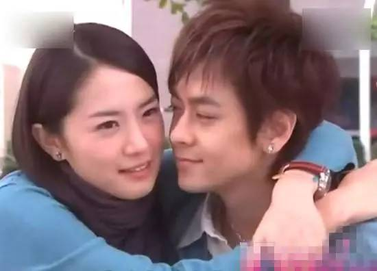 都说林志颖的前女友林心如,但你绝对想不到初恋女友居然是她!