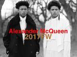 Alexander McQueen2017秋冬,男模们戴上了夸张的大耳环,很酷很妖娆!