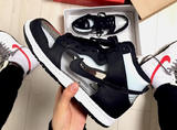 透明的Nike来一双不?只要换双袜子就是另一双鞋!