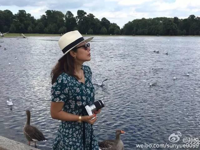 还记得当年的孙悦吗?90年代红遍全中国、嫁富豪隐退,44岁的她如今专注于家庭!