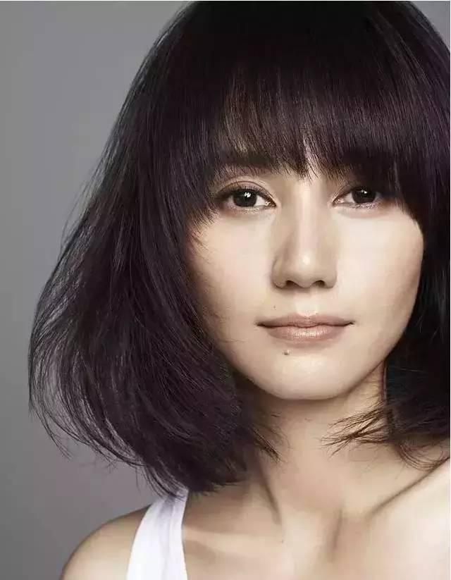 她是国内为数不多,只靠作品说话的好演员。