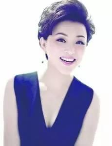 她是央视最红女主持,为中国申奥成功做出重大贡献,然而女强人杨澜也曾婚内出轨?