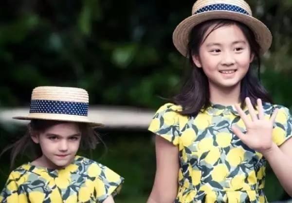 """黄磊女儿有个从小青梅竹马的""""追随者"""",还是著名音乐家之后"""