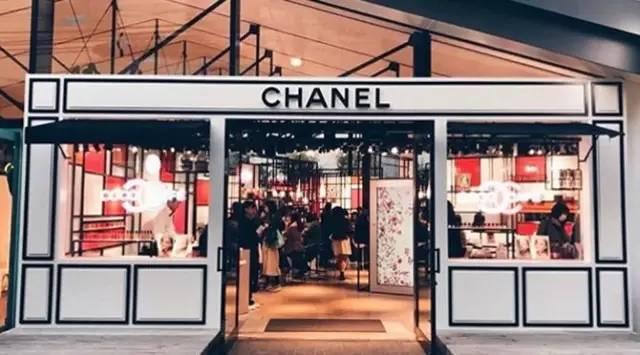 Chanel 开了间只存在 10 天的咖啡馆,竟然是为了卖口红!