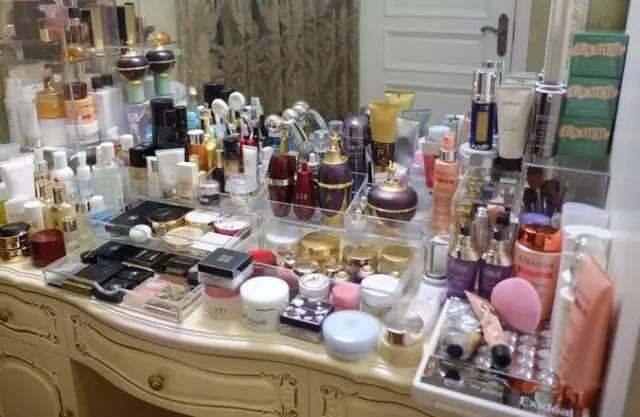 晒出你的化妆台|护肤品买什么,什么最有效,看这里就够了!