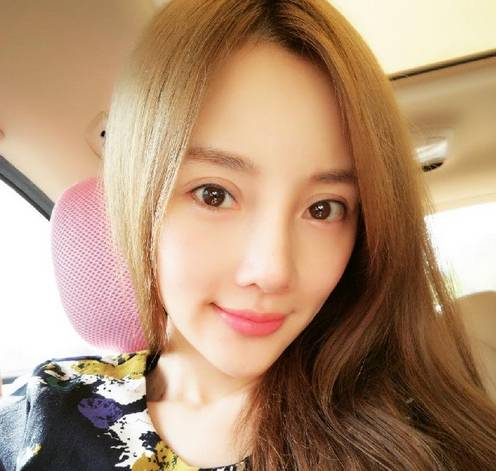 李小璐首次回应演技差,整容,炒作的传闻,没想到甜馨妈的口才这么好呐!!