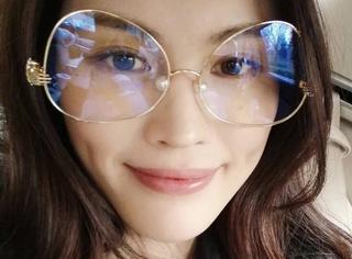 """杨幂、何穗抢着戴!难道它会是下一副""""网红""""眼镜?"""