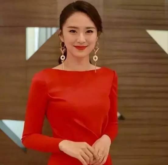长相甜美,还跟谢娜一起竞争?!这个湖南卫视新晋美女主持怎么样?
