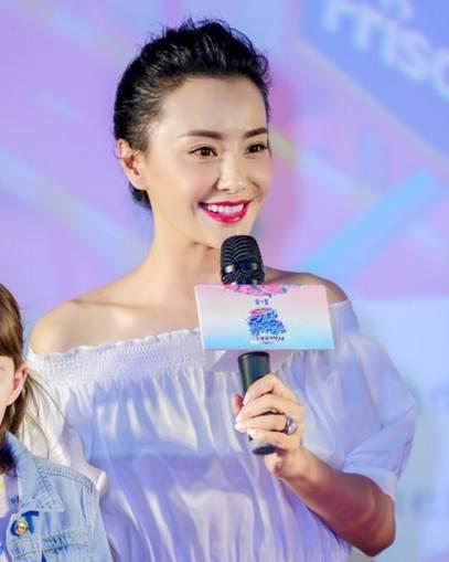 吴奇隆前妻越整越像刘诗诗,难道是因为对前夫念念不忘?