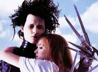 【GIF分享】那个像剪刀手爱德华一样,不能在最好时光拥抱你的男孩