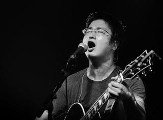 """【音乐·人】李志的""""叁叁肆""""巡演,让小镇青年听到现场音乐"""