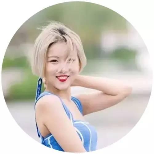 26岁的她采访了吴亦凡、上了《奇葩大会》、坐拥百万粉丝……你呢?