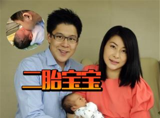 霍启刚微博宣布郭晶晶产下二胎,哥哥亲吻妹妹的画面好温馨