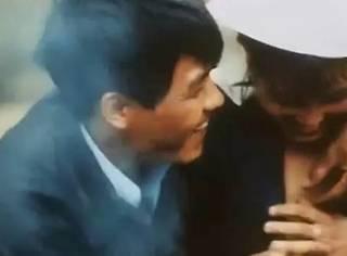这部婚俗纪录片创香港最高票房,看完脸红!