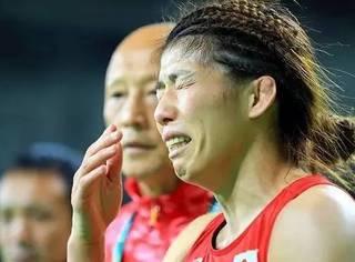 父亲是冠军,从小像男人一样战斗,她就是日本版《摔跤吧!爸爸》