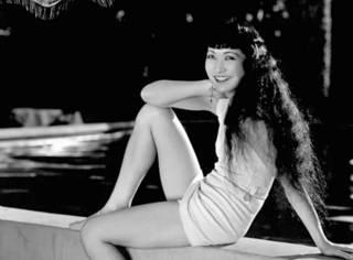 裸露,被封杀,但在好莱坞的影视上,一百年也就出了这么一个中国女人
