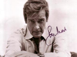 """一路走好!老版""""007""""罗杰·摩尔因癌症去世,享年89岁!"""