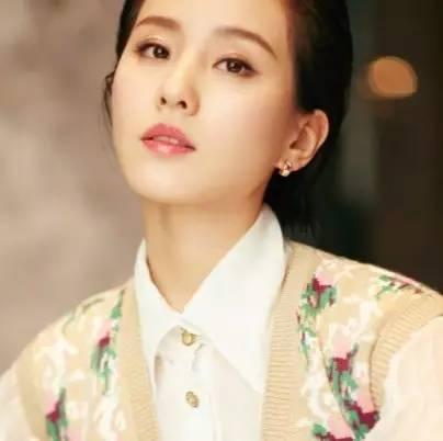 """跟杨幂""""友尽""""后,她""""改头换脸""""嫁给霸道总裁,还惊艳了整个韩国!"""
