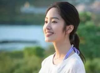 杨采钰访谈   从《夏天十九岁的肖像》到《芳华》
